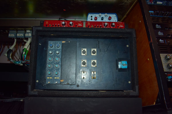 Neve 33115 mic preamps for icons